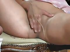 Arab girl need satisfaction full